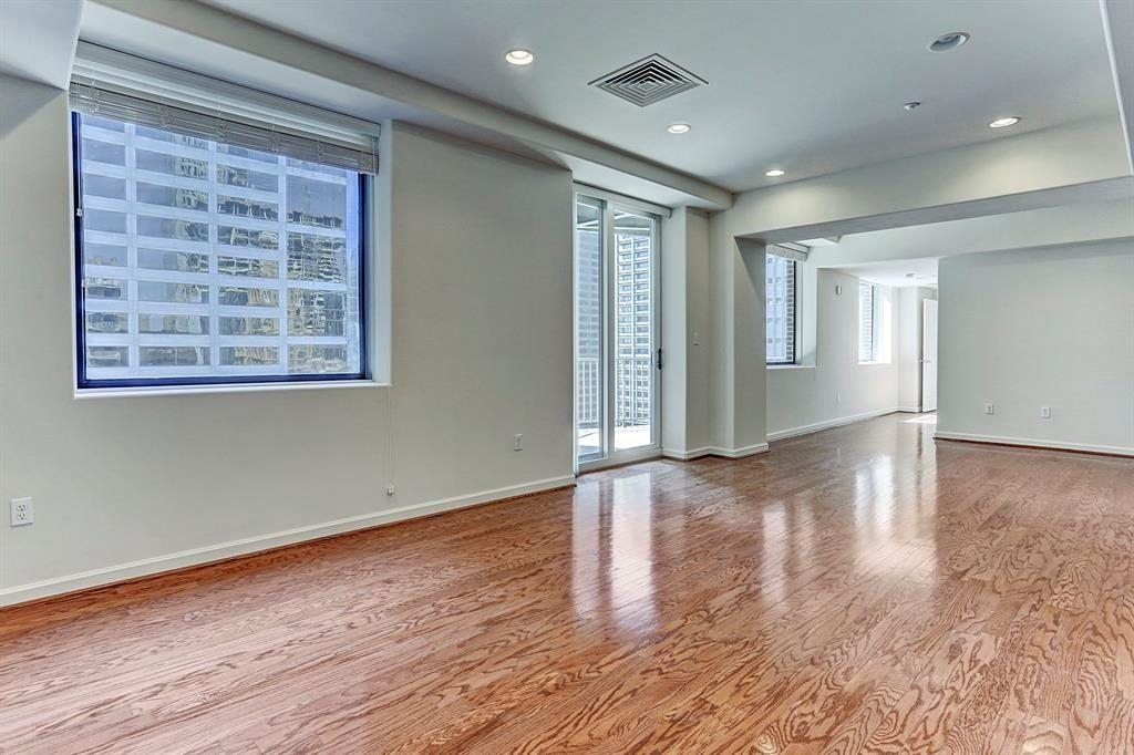 914 Main, Houston, Harris, Texas, United States 77002, 2 Bedrooms Bedrooms, ,2 BathroomsBathrooms,Rental,Exclusive right to sell/lease,Main,32808996