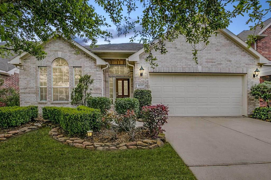 6122 Hollydale Ridge, Katy, Fort Bend, Texas, United States 77494, 3 Bedrooms Bedrooms, ,2 BathroomsBathrooms,Rental,Exclusive right to sell/lease,Hollydale Ridge,8989547