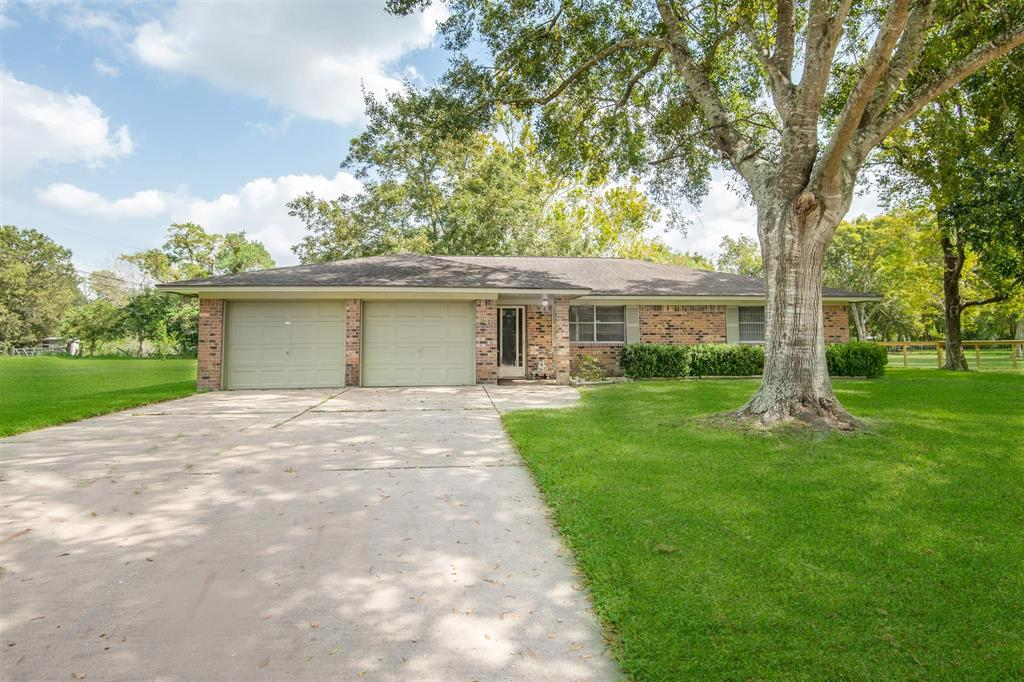 849 Anderson, Angleton, Brazoria, Texas, United States 77515, 3 Bedrooms Bedrooms, ,2 BathroomsBathrooms,Rental,Exclusive right to sell/lease,Anderson,23214102