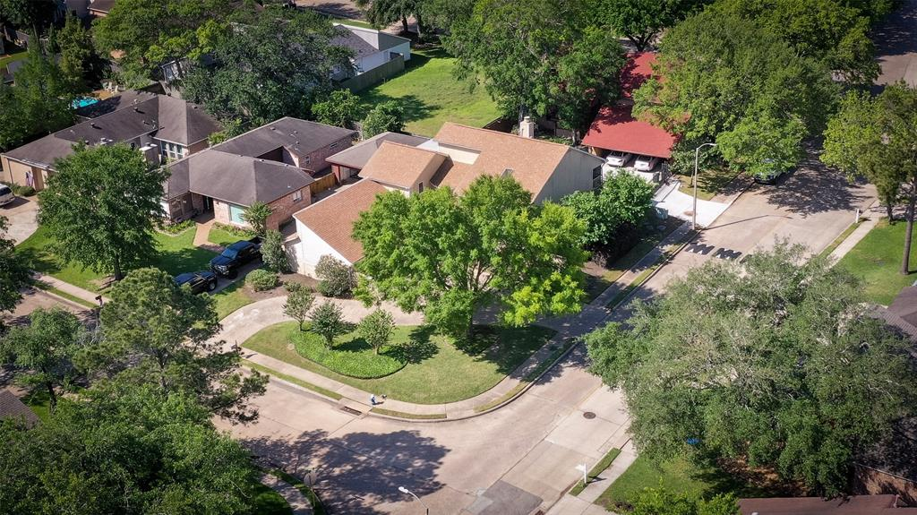 1002 Glacier Hill, Houston, Harris, Texas, United States 77077, 3 Bedrooms Bedrooms, ,2 BathroomsBathrooms,Rental,Exclusive right to sell/lse w/ named prospect,Glacier Hill,24382371