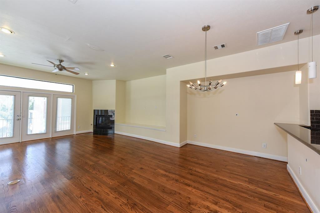 6903 Staffordshire, Houston, Harris, Texas, United States 77030, 3 Bedrooms Bedrooms, ,3 BathroomsBathrooms,Rental,Exclusive right to sell/lease,Staffordshire,50290937