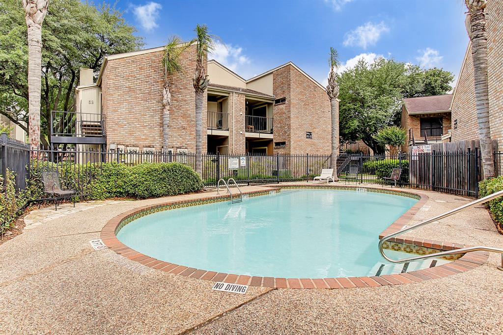 8100 Cambridge, Houston, Harris, Texas, United States 77054, 2 Bedrooms Bedrooms, ,2 BathroomsBathrooms,Rental,Exclusive right to sell/lease,Cambridge,68926706