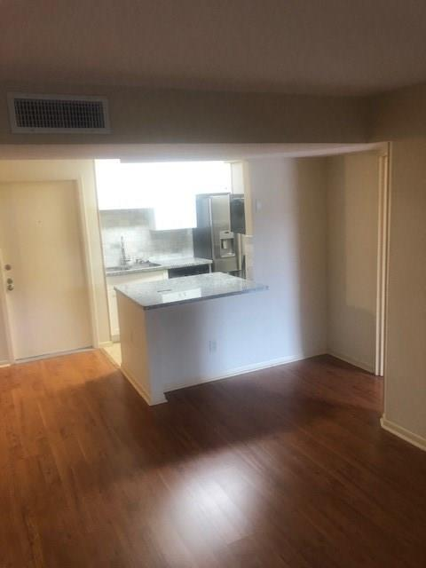 8523 Hearth, Houston, Harris, Texas, United States 77054, 2 Bedrooms Bedrooms, ,2 BathroomsBathrooms,Rental,Exclusive right to sell/lease,Hearth,89413891