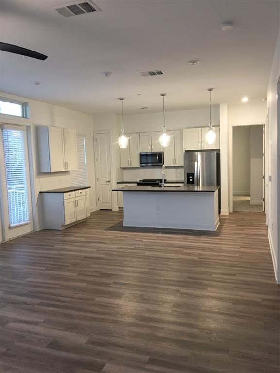 255 Assay, Houston, Harris, Texas, United States 77044, 2 Bedrooms Bedrooms, ,2 BathroomsBathrooms,Rental,Exclusive right to sell/lse w/ named prospect,Assay,16989594