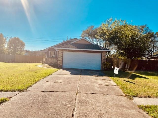 10814 Forest Leaf, Sugar Land, Fort Bend, Texas, United States 77498, 3 Bedrooms Bedrooms, ,2 BathroomsBathrooms,Rental,Exclusive right to sell/lease,Forest Leaf,21112342