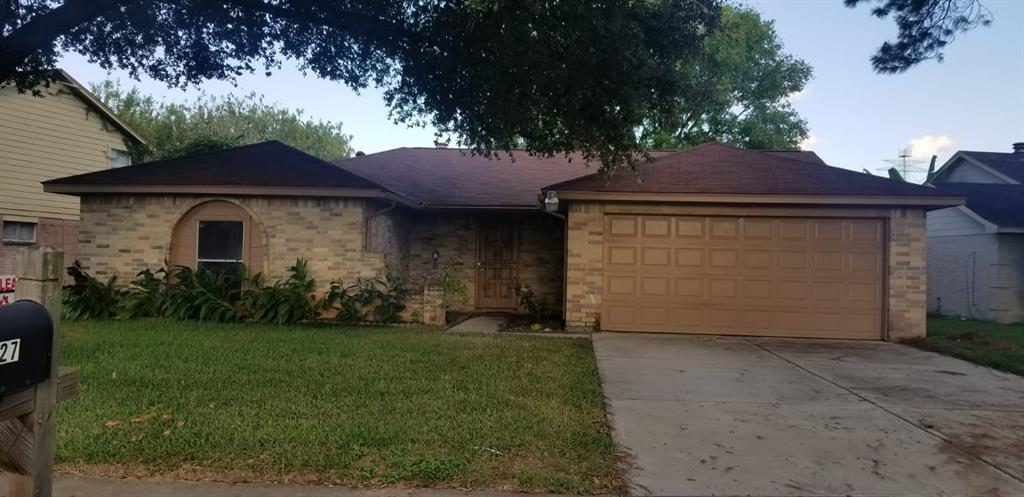 527 Oakdale, Stafford, Fort Bend, Texas, United States 77477, 3 Bedrooms Bedrooms, ,2 BathroomsBathrooms,Rental,Exclusive right to sell/lease,Oakdale,18011934