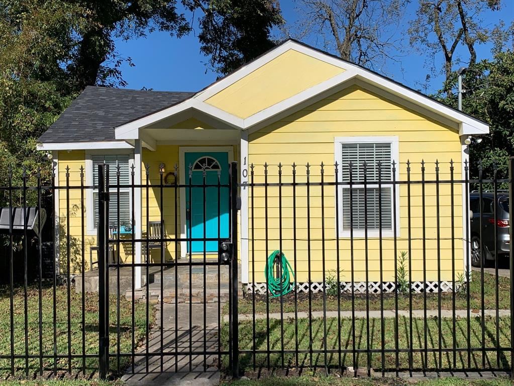 107 32nd, Houston, Harris, Texas, United States 77018, 3 Bedrooms Bedrooms, ,1 BathroomBathrooms,Rental,Exclusive right to sell/lease,32nd,5018925