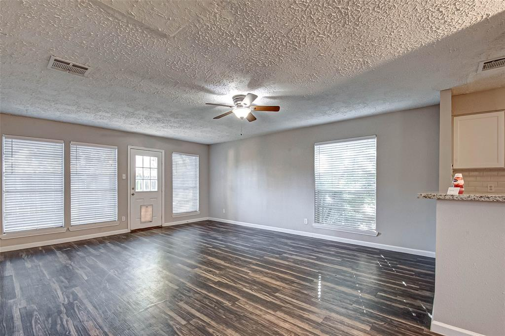 3213 Wavecrest, League City, Galveston, Texas, United States 77573, 3 Bedrooms Bedrooms, ,2 BathroomsBathrooms,Rental,Exclusive right to sell/lease,Wavecrest,35361818
