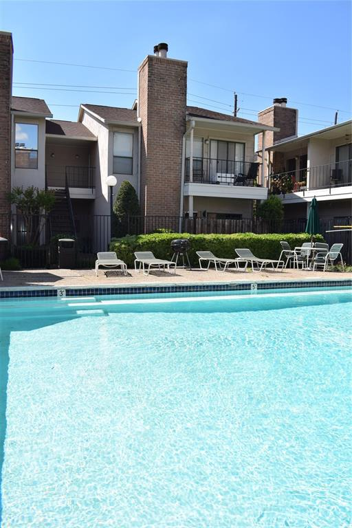 1818 Augusta, Houston, Harris, Texas, United States 77057, 2 Bedrooms Bedrooms, ,1 BathroomBathrooms,Rental,Exclusive right to sell/lease,Augusta,80468360