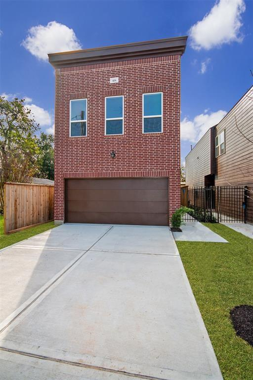 424 41st, Houston, Harris, Texas, United States 77022, 3 Bedrooms Bedrooms, ,2 BathroomsBathrooms,Rental,Exclusive right to sell/lease,41st,70178714