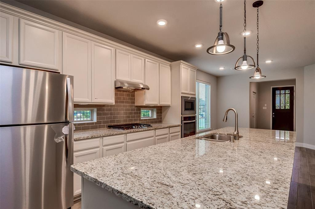 4 Centennial Ridge, The Woodlands, Montgomery, Texas, United States 77354, 3 Bedrooms Bedrooms, ,2 BathroomsBathrooms,Rental,Exclusive right to sell/lease,Centennial Ridge,75266367
