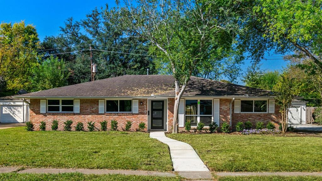 2410 Walnut Bend, Houston, Harris, Texas, United States 77042, 4 Bedrooms Bedrooms, ,3 BathroomsBathrooms,Rental,Exclusive right to sell/lease,Walnut Bend,52644437