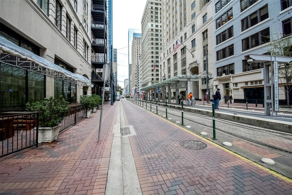 711 Main, Houston, Harris, Texas, United States 77002, 1 Bedroom Bedrooms, ,2 BathroomsBathrooms,Rental,Exclusive right to sell/lease,Main,82395410