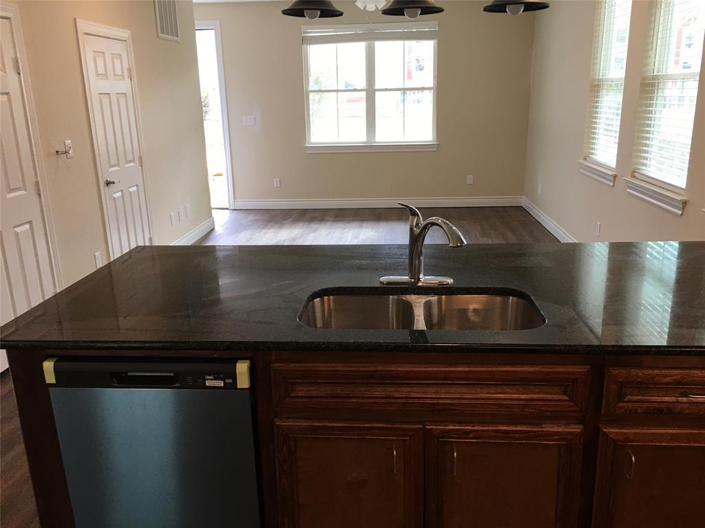 3614 Boettcher, Huntsville, Walker, Texas, United States 77340, 1 Bedroom Bedrooms, ,1 BathroomBathrooms,Rental,Exclusive right to sell/lease,Boettcher,58140695