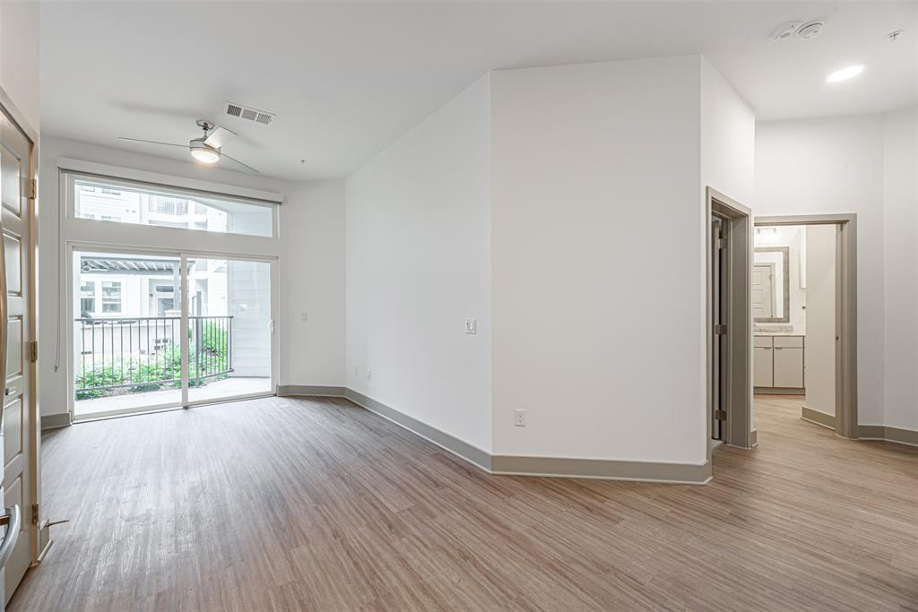 9330 Main, Houston, Harris, Texas, United States 77025, 1 Bedroom Bedrooms, ,1 BathroomBathrooms,Rental,Exclusive right to sell/lease,Main,61438375