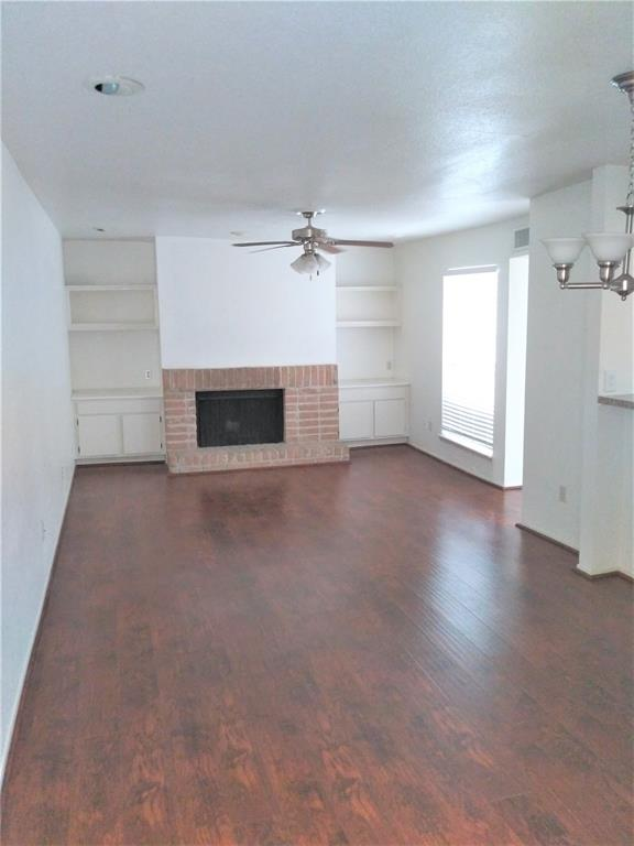 9809 Richmond, Houston, Harris, Texas, United States 77042, 2 Bedrooms Bedrooms, ,1 BathroomBathrooms,Rental,Exclusive right to sell/lease,Richmond,28265823