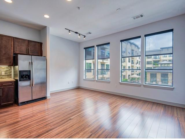 1616 Dallas, Houston, Harris, Texas, United States 77019, 1 Bedroom Bedrooms, ,1 BathroomBathrooms,Rental,Exclusive right to sell/lse w/ named prospect,Dallas,9270599