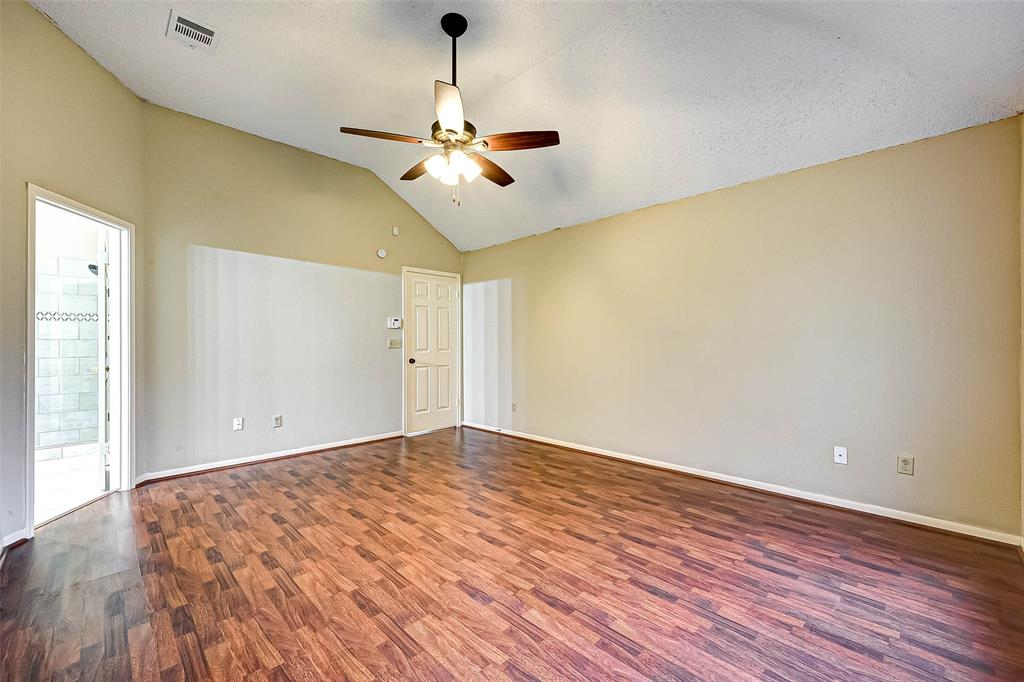 3909 Beechwood, Pearland, Brazoria, Texas, United States 77584, 3 Bedrooms Bedrooms, ,2 BathroomsBathrooms,Rental,Exclusive right to sell/lease,Beechwood,41837594