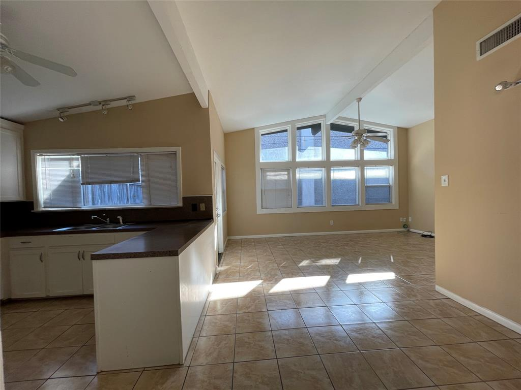 4737 Merwin, Houston, Harris, Texas, United States 77027, 2 Bedrooms Bedrooms, ,2 BathroomsBathrooms,Rental,Exclusive right to sell/lease,Merwin,25033260