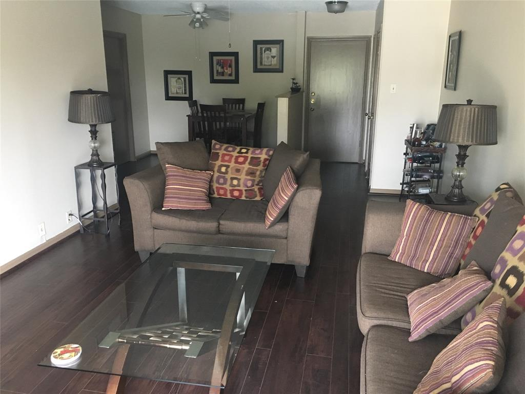 2601 Bellefontaine, Houston, Harris, Texas, United States 77025, 2 Bedrooms Bedrooms, ,2 BathroomsBathrooms,Rental,Exclusive right to sell/lease,Bellefontaine,88534533