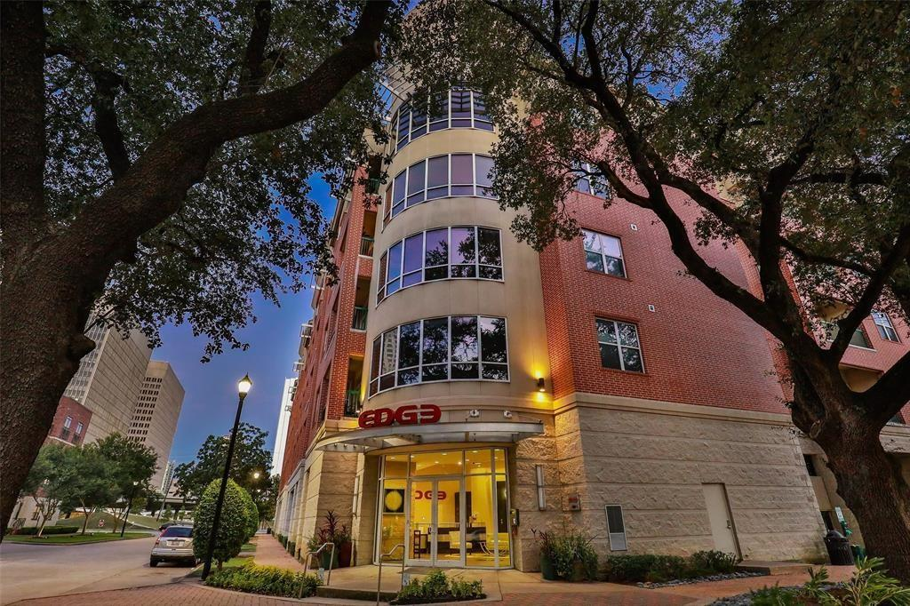 300 St Joseph Parkway, Houston, Harris, Texas, United States 77002, 1 Bedroom Bedrooms, ,1 BathroomBathrooms,Rental,Exclusive right to sell/lease,St Joseph Parkway,38312091