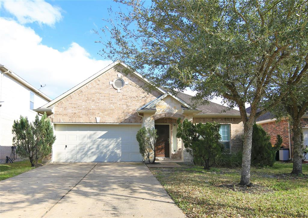 2017 Creek Run, Pearland, Brazoria, Texas, United States 77584, 3 Bedrooms Bedrooms, ,2 BathroomsBathrooms,Rental,Exclusive right to sell/lease,Creek Run,93828890