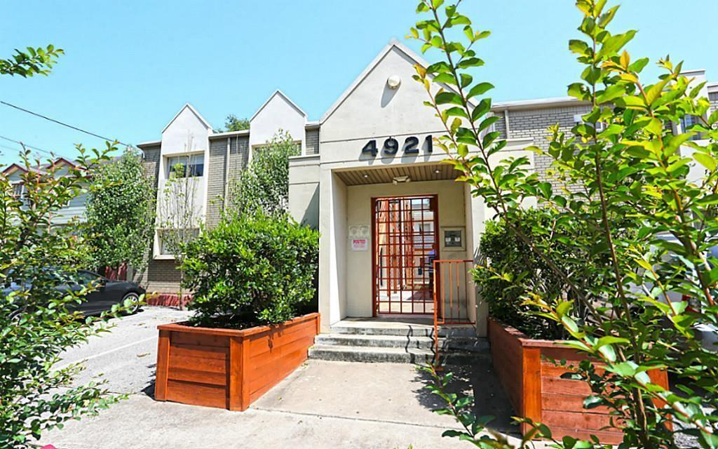 4921 Crawford, Houston, Harris, Texas, United States 77004, 2 Bedrooms Bedrooms, ,1 BathroomBathrooms,Rental,Exclusive right to sell/lease,Crawford,78340675