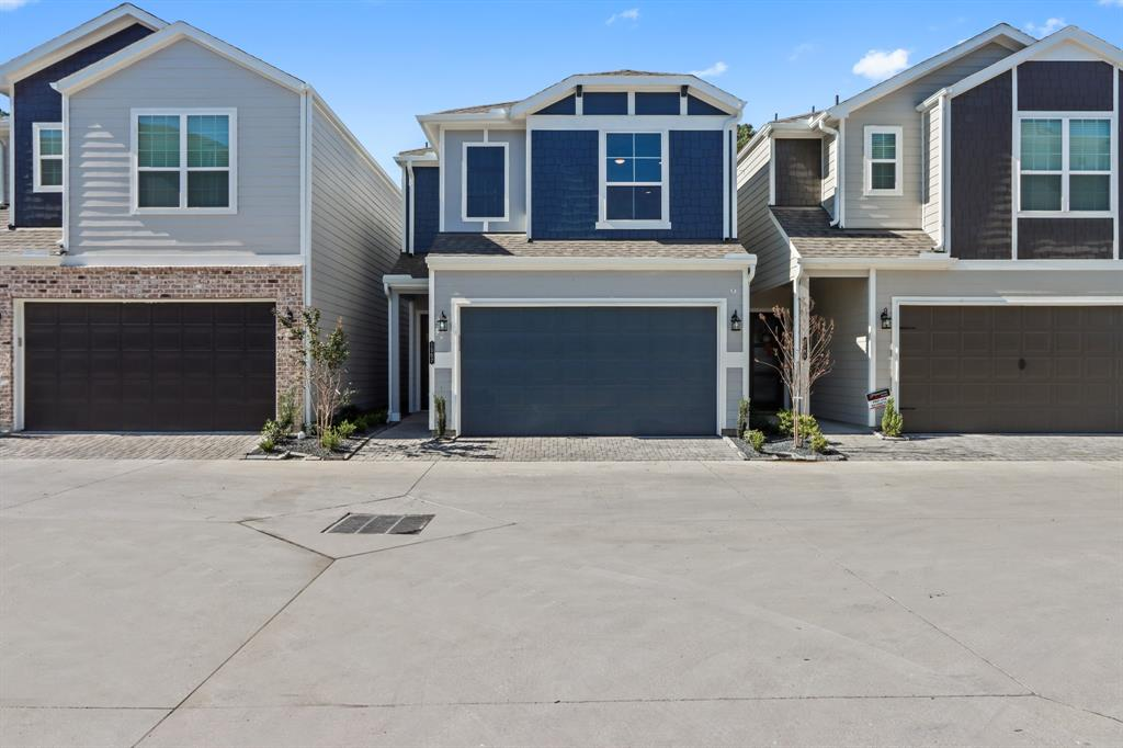 WELCOME HOME TO UPLAND SQUARE!