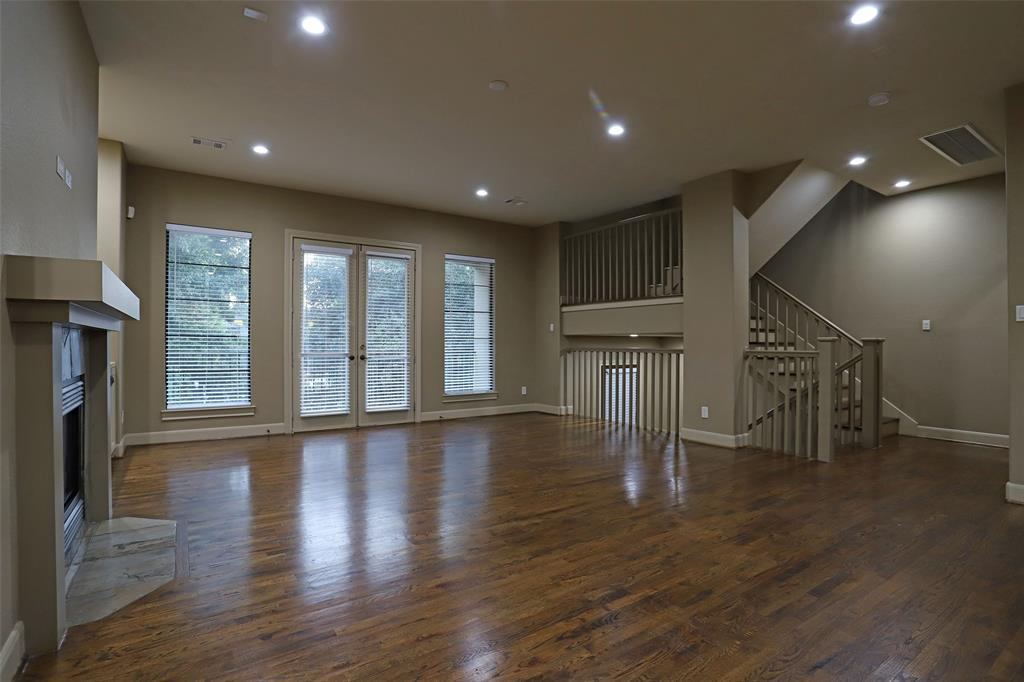 1603 14th, Houston, Harris, Texas, United States 77008, 3 Bedrooms Bedrooms, ,3 BathroomsBathrooms,Rental,Exclusive right to sell/lease,14th,75338795