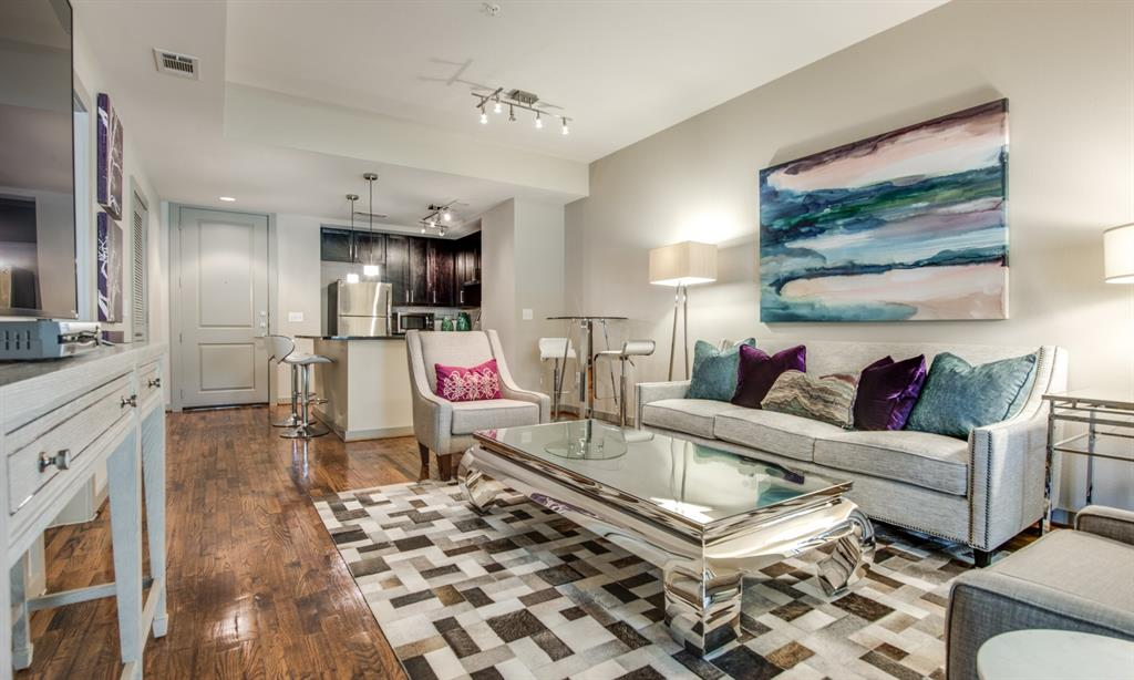 500 Crawford, Houston, Harris, Texas, United States 77002, 1 Bedroom Bedrooms, ,1 BathroomBathrooms,Rental,Exclusive right to sell/lease,Crawford,31144895