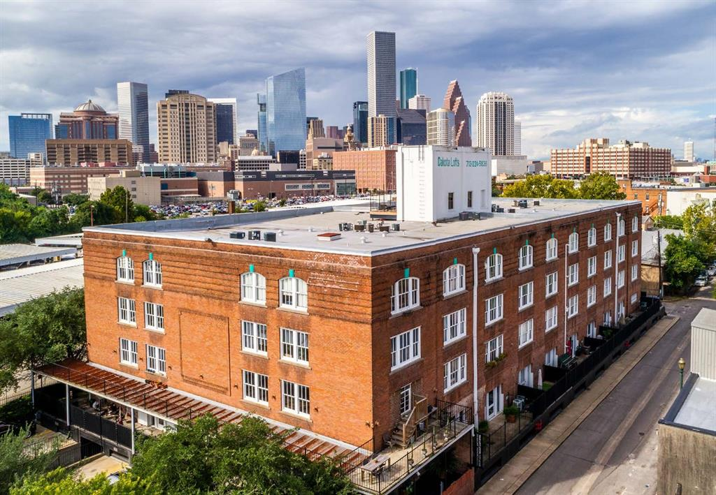 711 William, Houston, Harris, Texas, United States 77002, 1 Bedroom Bedrooms, ,1 BathroomBathrooms,Rental,Exclusive right to sell/lease,William,54078723
