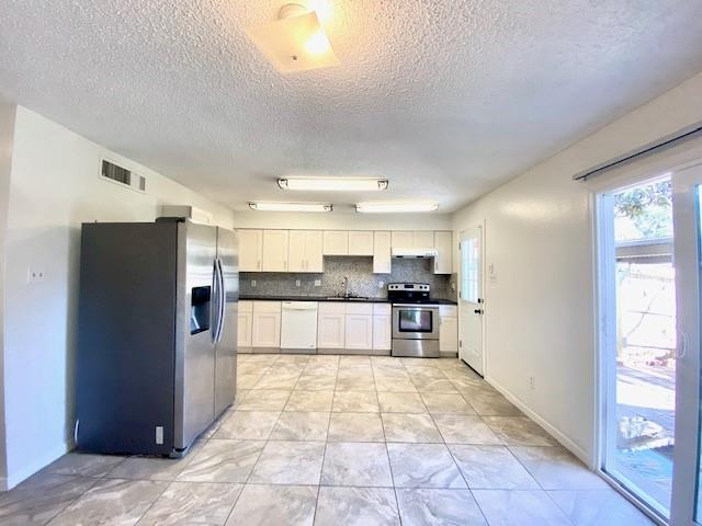 9275 Westwood Village, Houston, Harris, Texas, United States 77036, 2 Bedrooms Bedrooms, ,2 BathroomsBathrooms,Rental,Exclusive right to sell/lease,Westwood Village,71213894