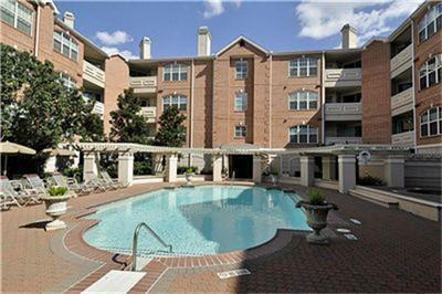 2111 Welch, Houston, Harris, Texas, United States 77019, 1 Bedroom Bedrooms, ,1 BathroomBathrooms,Rental,Exclusive right to sell/lease,Welch,30380659