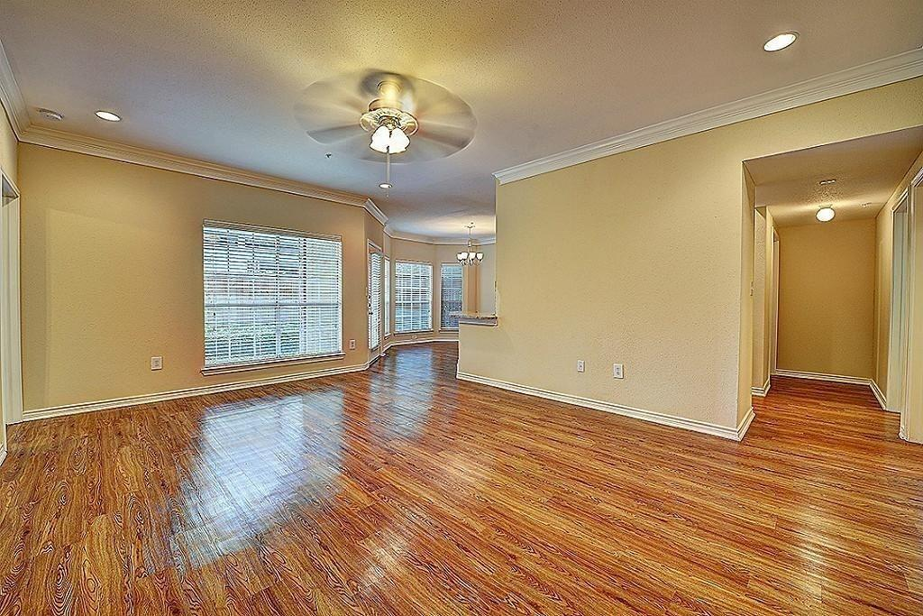 1901 Post Oak Park, Houston, Harris, Texas, United States 77027, 2 Bedrooms Bedrooms, ,2 BathroomsBathrooms,Rental,Exclusive agency to sell/lease,Post Oak Park,84051222