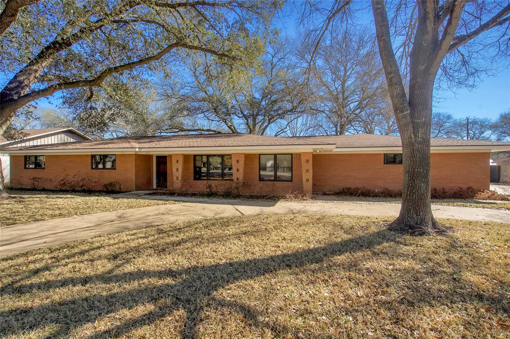 1021 Meyer, Sealy, Austin, Texas, United States 77474, 4 Bedrooms Bedrooms, ,2 BathroomsBathrooms,Rental,Exclusive right to sell/lease,Meyer,50429342