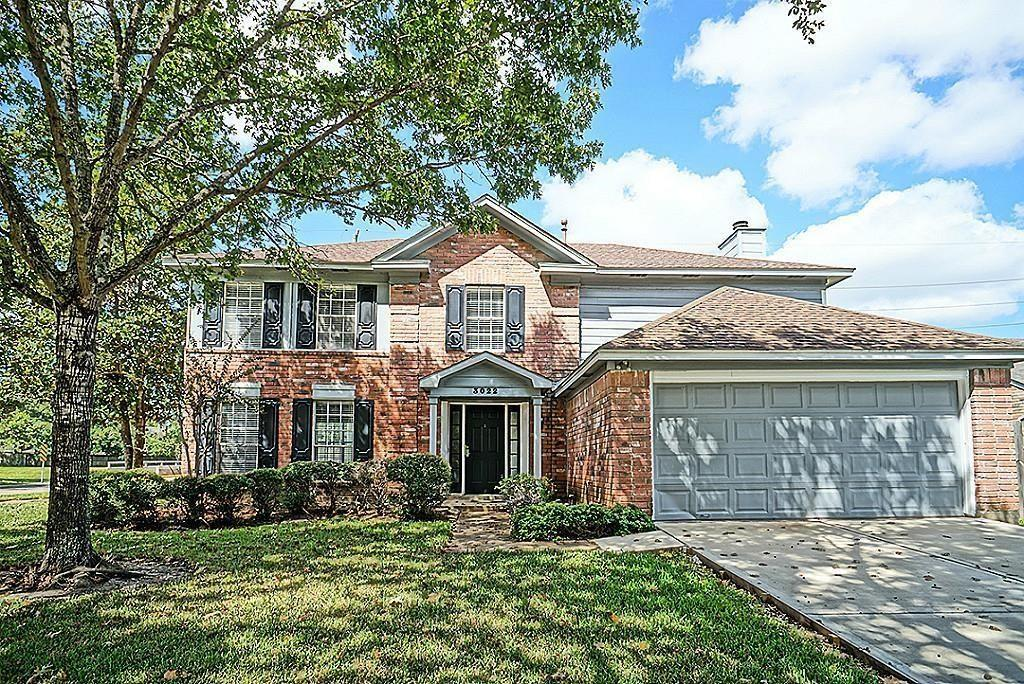 3022 Mesquite Drive, Sugar Land, Fort Bend, Texas, United States 77479, 4 Bedrooms Bedrooms, ,2 BathroomsBathrooms,Rental,Exclusive right to sell/lease,Mesquite Drive,31059499