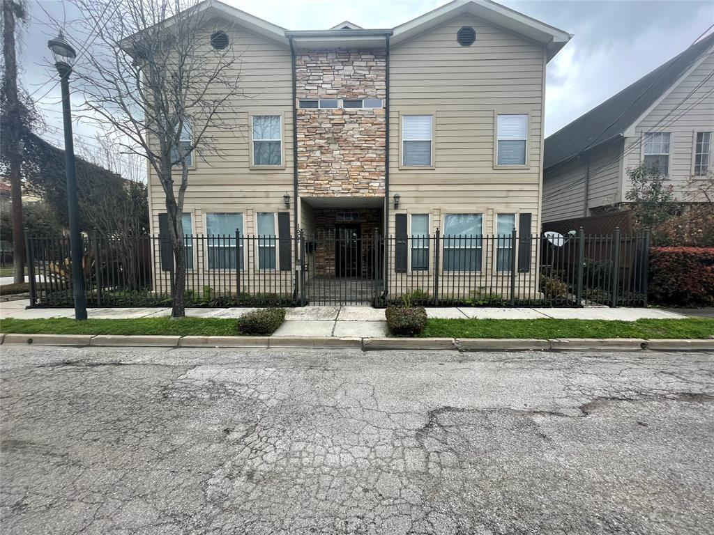1501 Francis, Houston, Harris, Texas, United States 77004, 2 Bedrooms Bedrooms, ,2 BathroomsBathrooms,Rental,Exclusive right to sell/lease,Francis,28138177