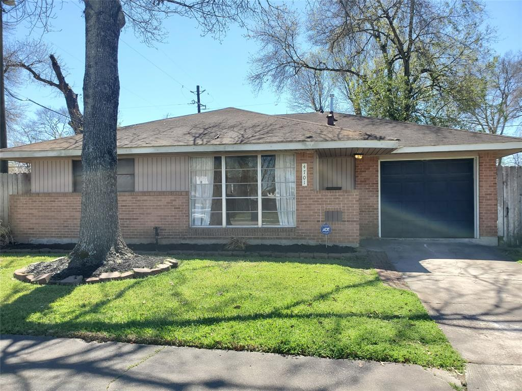 4701 Chrystell, Houston, Harris, Texas, United States 77092, 3 Bedrooms Bedrooms, ,1 BathroomBathrooms,Rental,Exclusive right to sell/lease,Chrystell,18567891