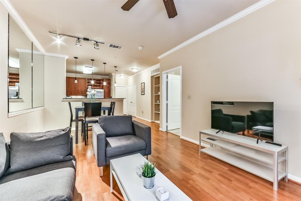 1711 Old Spanish, Houston, Harris, Texas, United States 77054, 1 Bedroom Bedrooms, ,1 BathroomBathrooms,Rental,Exclusive right to sell/lease,Old Spanish,45111126