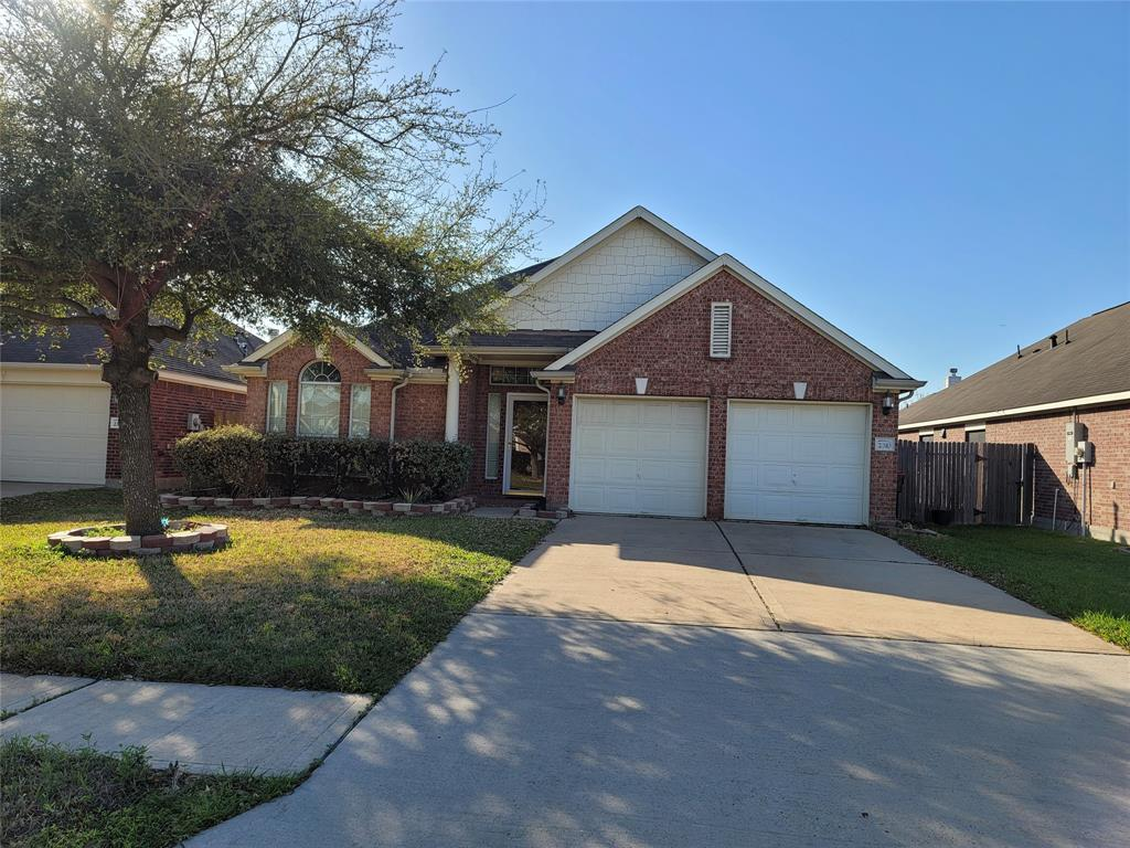 2310 Oxford Point, Houston, Harris, Texas, United States 77014, 3 Bedrooms Bedrooms, ,2 BathroomsBathrooms,Rental,Exclusive right to sell/lease,Oxford Point,69777891