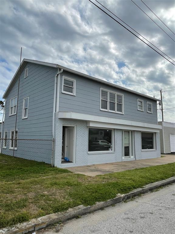5223 Avenue, Galveston, Galveston, Texas, United States 77551, 2 Bedrooms Bedrooms, ,1 BathroomBathrooms,Rental,Exclusive right to sell/lease,Avenue,11849304