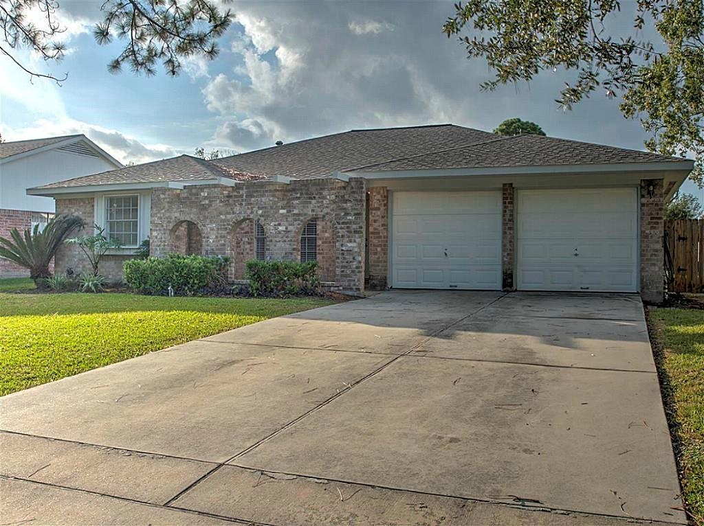 11830 Mulholland, Meadows Place, Fort Bend, Texas, United States 77477, 3 Bedrooms Bedrooms, ,2 BathroomsBathrooms,Rental,Exclusive right to sell/lease,Mulholland,47164439
