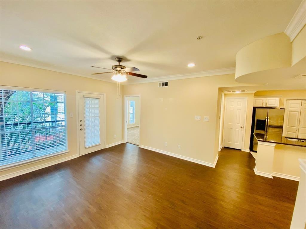 1919 Post Oak Park dr, Houston, Harris, Texas, United States 77027, 2 Bedrooms Bedrooms, ,2 BathroomsBathrooms,Rental,Exclusive agency to sell/lease,Post Oak Park dr,29293367