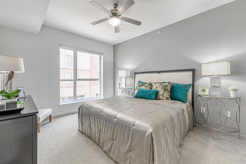 5353 Fannin, Houston, Harris, Texas, United States 77004, 1 Bedroom Bedrooms, ,1 BathroomBathrooms,Rental,Exclusive right to sell/lease,Fannin,78091273