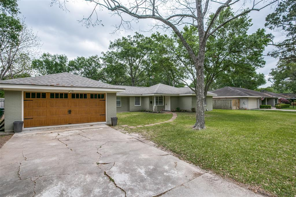 1714 Springwood, Houston, Harris, Texas, United States 77055, 4 Bedrooms Bedrooms, ,3 BathroomsBathrooms,Rental,Exclusive right to sell/lease,Springwood,72580089