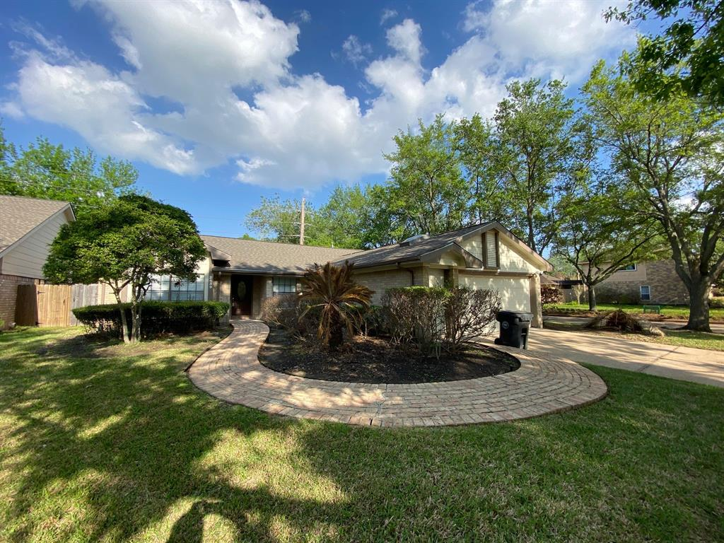 2439 Woodstream, Sugar Land, Fort Bend, Texas, United States 77479, 3 Bedrooms Bedrooms, ,2 BathroomsBathrooms,Rental,Exclusive right to sell/lease,Woodstream,93460682