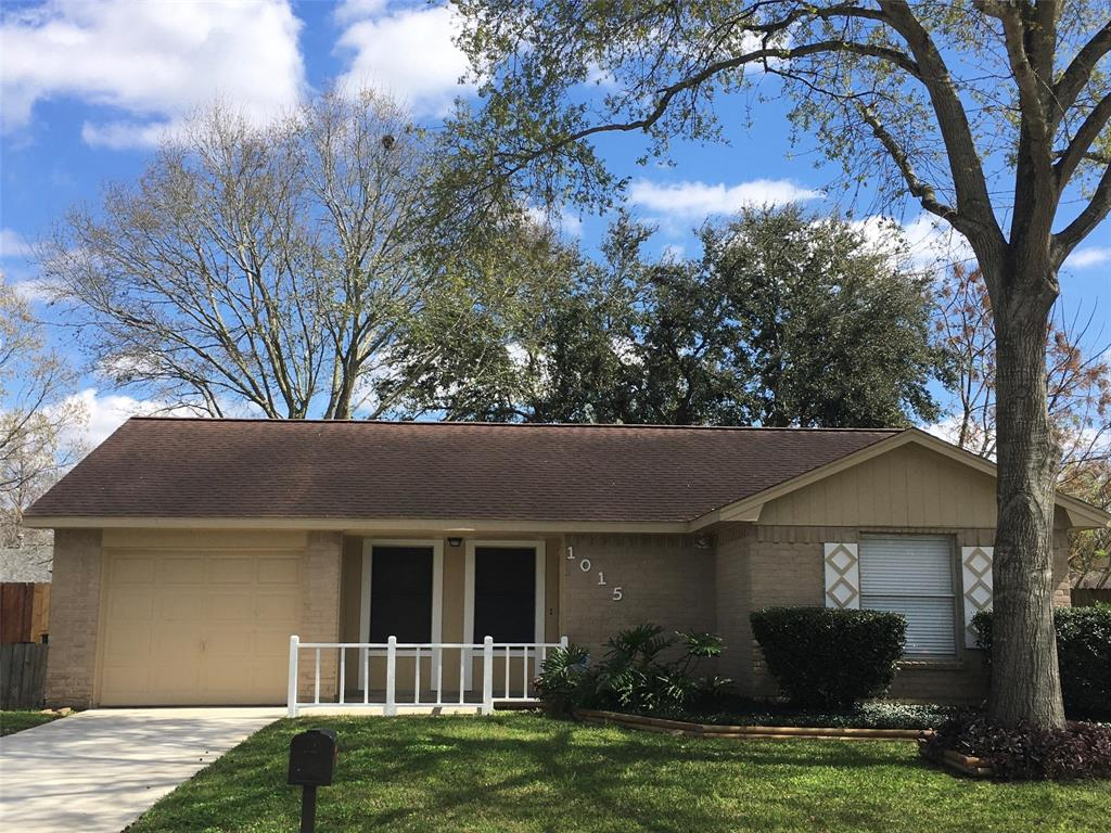 1015 Belgravia, Pearland, Brazoria, Texas, United States 77584, 2 Bedrooms Bedrooms, ,1 BathroomBathrooms,Rental,Exclusive right to sell/lease,Belgravia,39072999