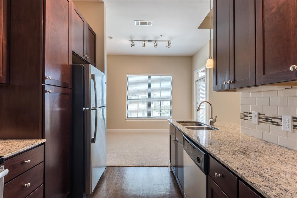 18545 University, Sugar Land, Fort Bend, Texas, United States 77479, 1 Bedroom Bedrooms, ,1 BathroomBathrooms,Rental,Exclusive right to sell/lease,University,98954215