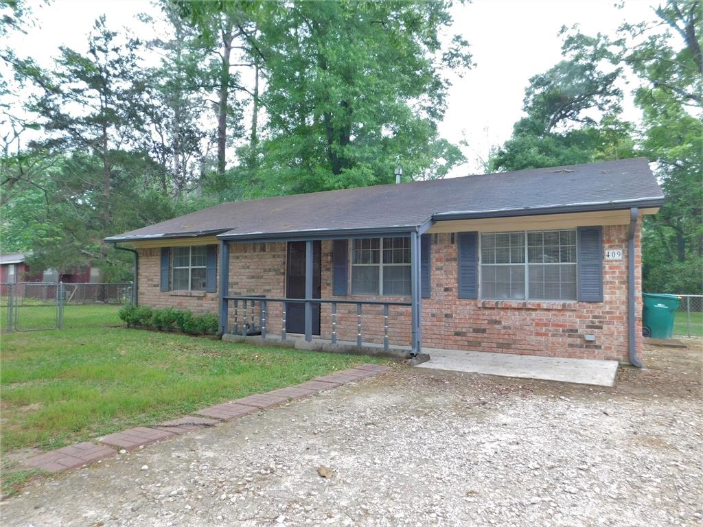 409 Maple, Conroe, Montgomery, Texas, United States 77304, 2 Bedrooms Bedrooms, ,1 BathroomBathrooms,Rental,Exclusive right to sell/lease,Maple,93082791