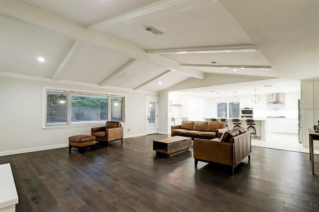 From the foyer to the great room, study, dining room and kitchen, this home offers a wonderful open layout ideal for entertaining or relaxed daily living.